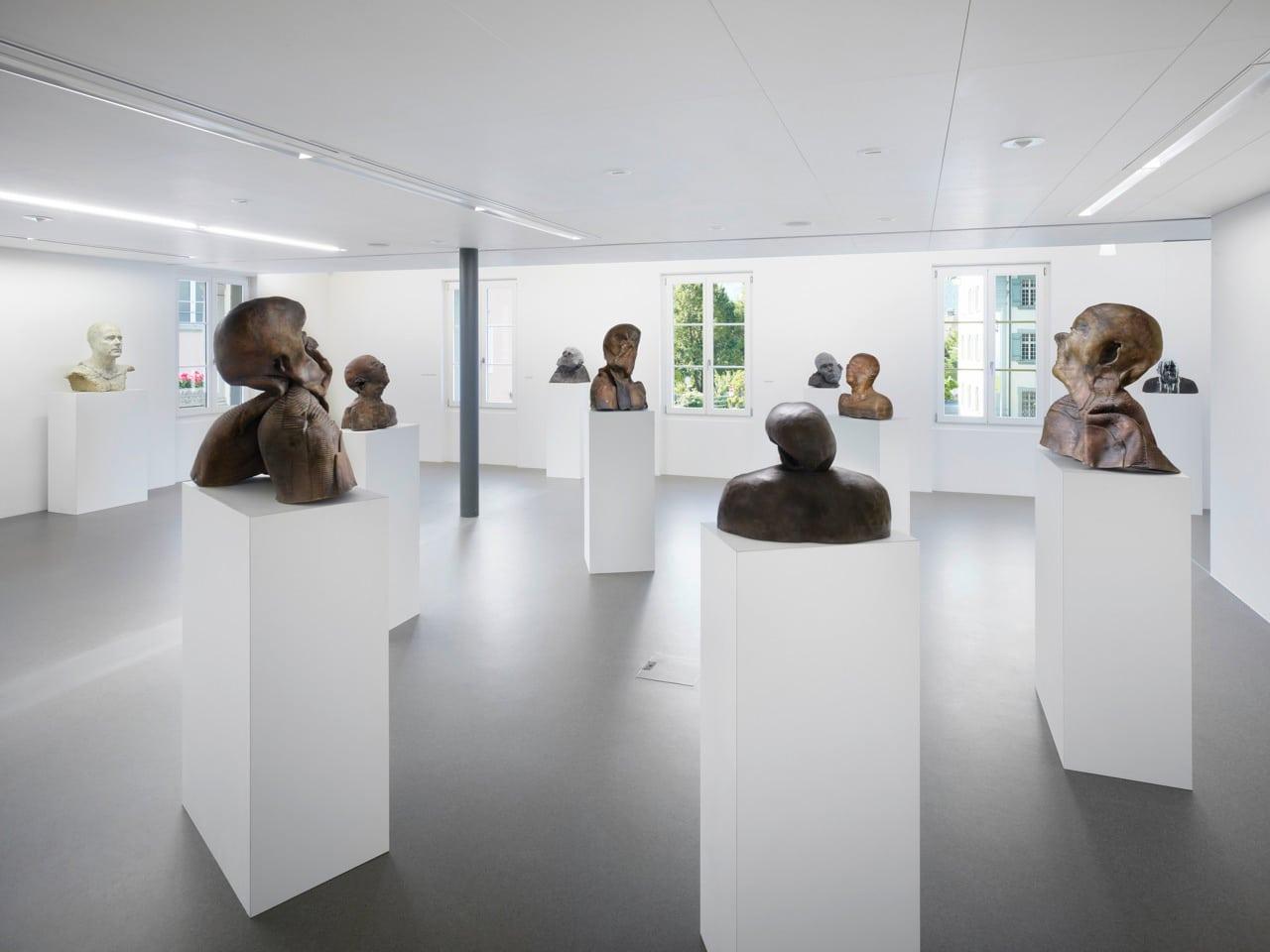 Uwe_Karlsen_Gruppe_Innen_Haus_fuer_Kunst_Uri.jpeg