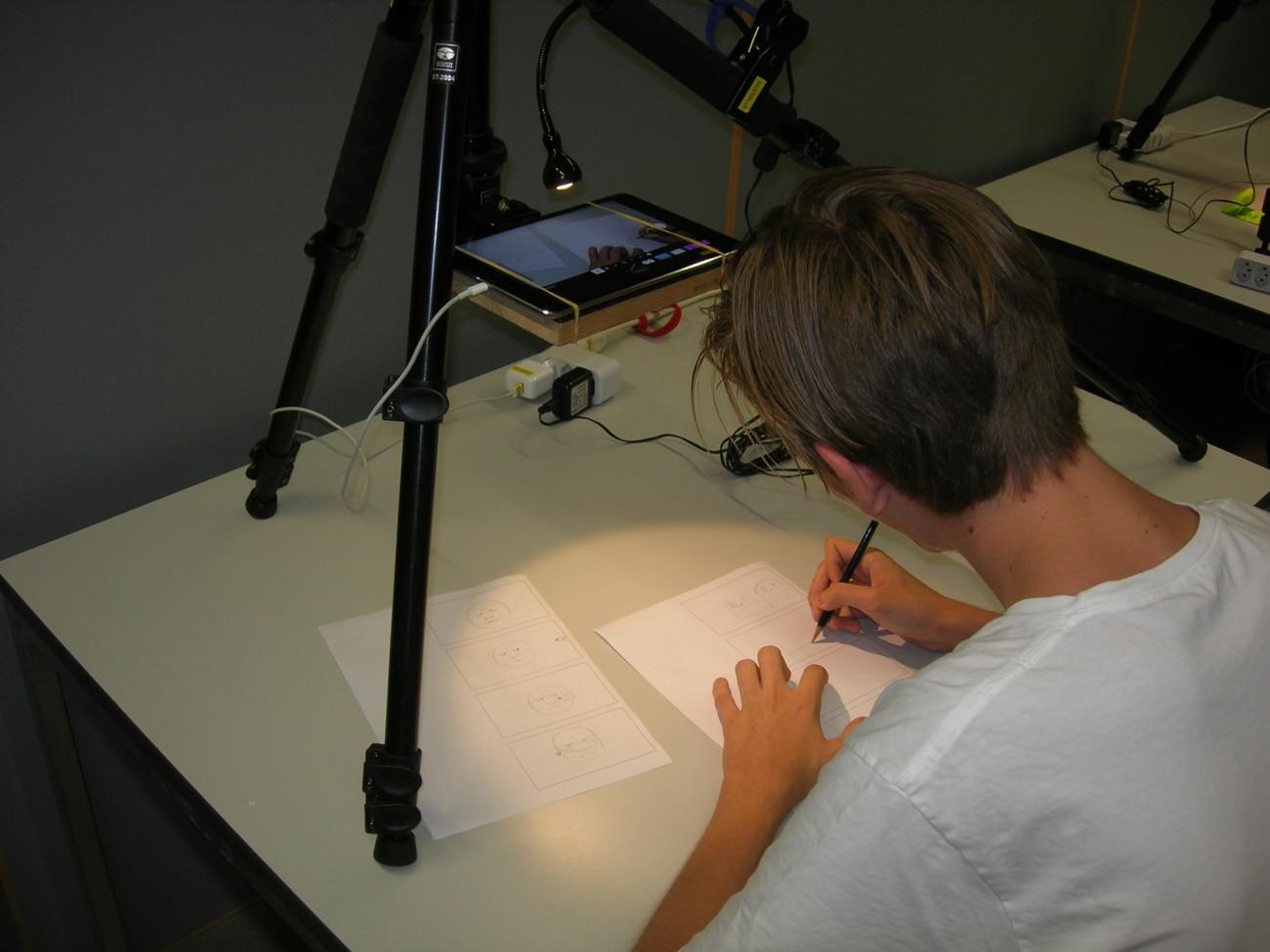 Skizzieren am Trickfilmworkshop_Kunstvermittlung