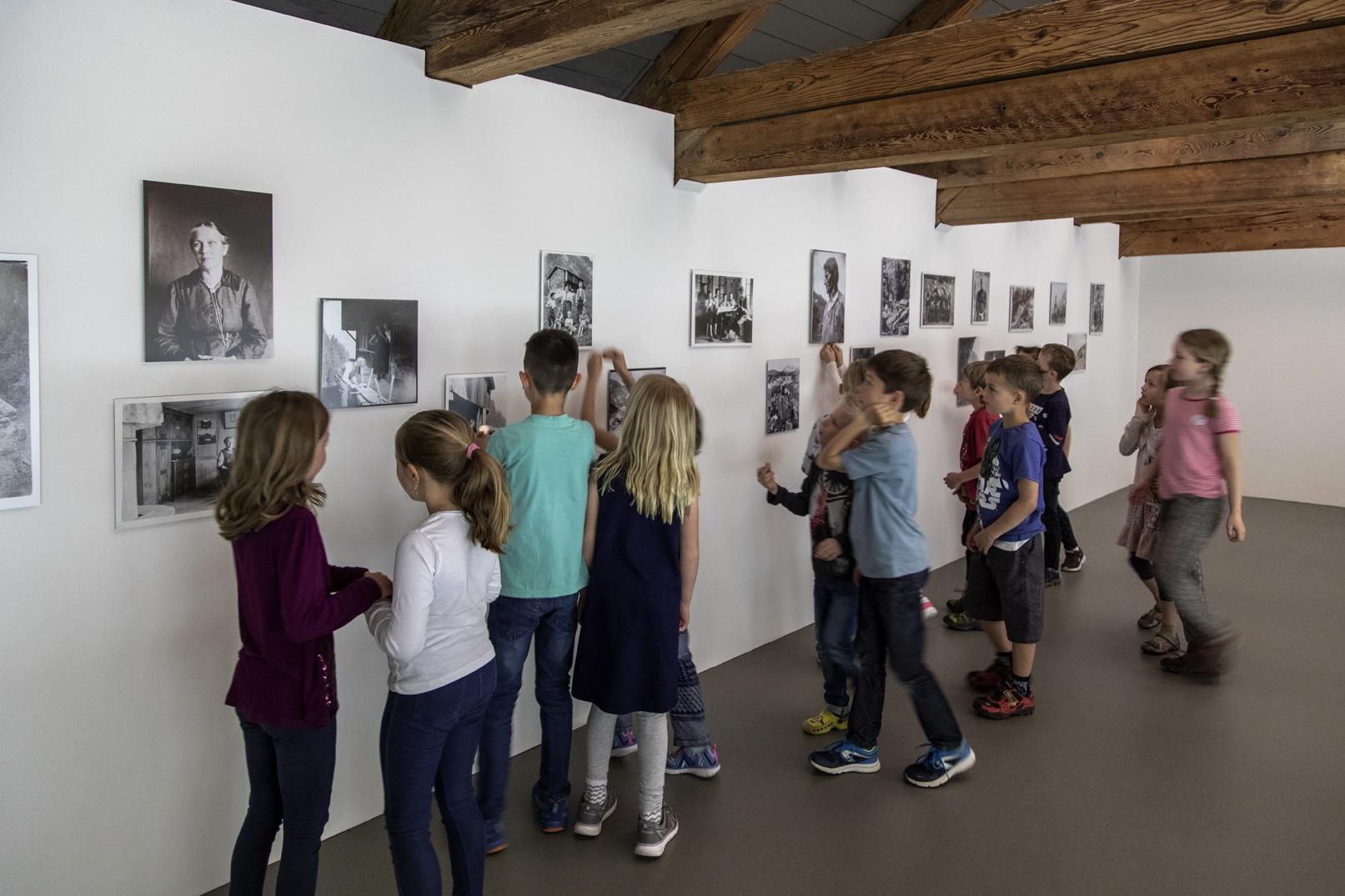 Suchauftrag Fotos Gebrüder Gubler_Kunstvermittlung
